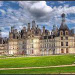 Lâu đài và cung điện khác nhau như thế nào ?