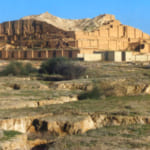 sự khác biệt giữa kiến trúc phương đông và phương tây cổ đại